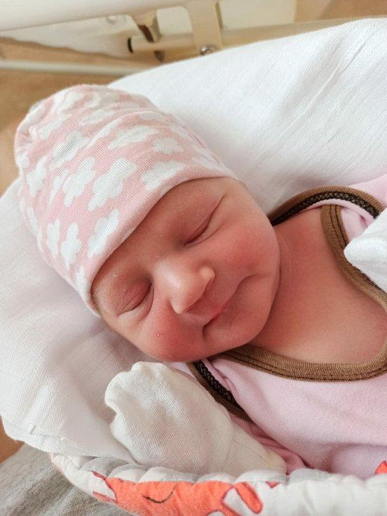 Kateřina Lišková (3310 g, 50 cm) se narodila 7. července v 6:32 hodin ve FN Plzeň Lochotín rodičům Martině a Jakubovi z Trnové. Doma na sestřičku čekala skoro dvouletá Anička.