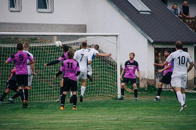 Ovíkendu startují nižší fotbalové soutěže.