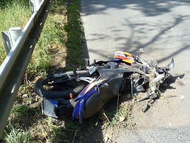 Nehoda motorkáře uSvrčovce.