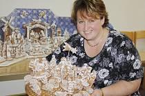 Radka Grösllová připravila výstavu perníkových betlémů