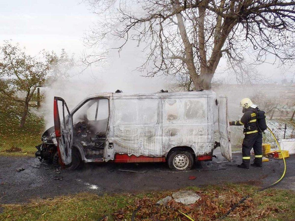 Požár dodávky v Soběticích.