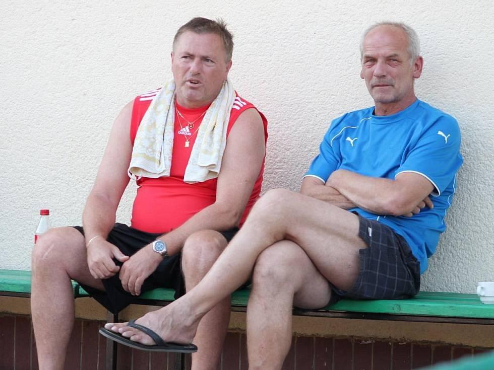 Miroslav Rambousek se svým trenérským kolegou Janem Staňkem.