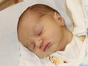 Matyáš Menšík z Neuraz (3570 g, 56 cm) se narodil v klatovské porodnici 17. května v 19.28 hodin. Rodiče Markéta a Emil přivítali očekávaného prvorozeného syna na světě společně.