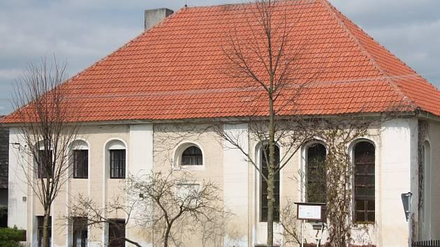 Synagoga ve Slatině