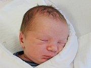 Michal Vondrášek ze Sušice (3900 g, 53 cm) se narodil vklatovské porodnici 14. září v16.39 hodin. Rodiče Ivana a Jaroslav si nechali pohlaví miminka jako překvapení a přivítali jej na porodním sále společně.