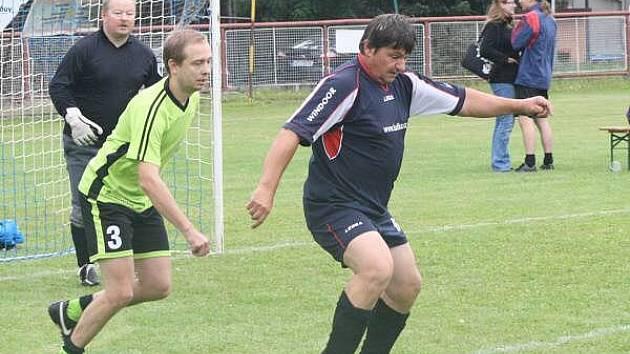 Panters Cup, Modrá nudle (v modrých dresech) – FC Vypítka