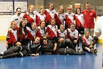 Florbalistky Sport Clubu Klatovy do 18 let.