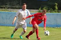 Divize 2016/2017: Klatovy (červené dresy) - Aritma Praha 0:1