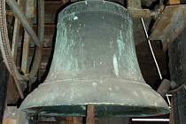 Zvon Matouš z roku 1496 v kostele v Chudenicích