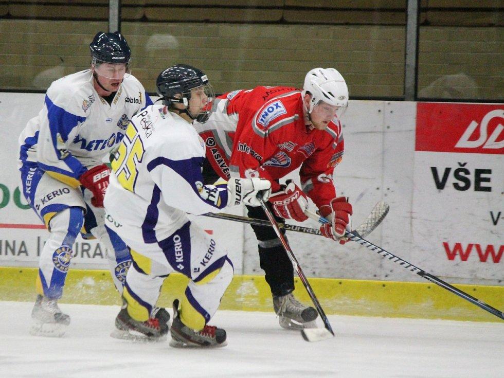 Krajská liga: HC Klatovy B (červené dresy) - HC Meteor Třemošná 9:2