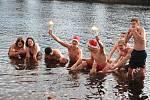 Vánoční koupání se skauty v Horažďovicích