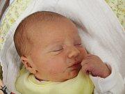 Adam Halada z Mochtína (3520 g, 50 cm) uviděl světlo v klatovské porodnici  2. března ve 13.40 hodin. Rodiče Lucie a Filip přivítali svého syna na svět společně. Doma na bratříčka čeká Adélka (2,5).