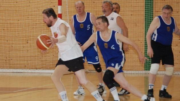Veteránské mistrovství ČR v basketbalu v Klatovech