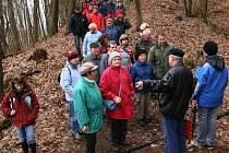 Za tajemstvím Červeného mlýna se v neděli vypravilo zhruba padesát členů a příznivců Klubu přátel Klatovska