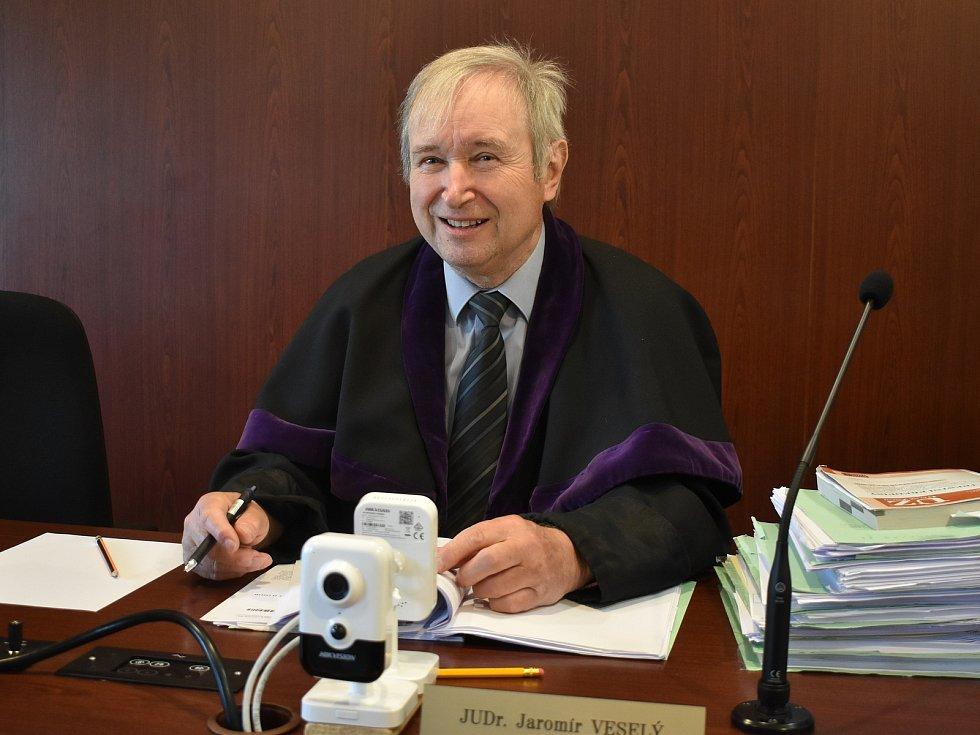 Soudce Okresního soudu Klatovy Jaromír Veselý.