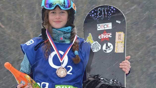 Sára Faustová vybojovala při své premiéře bronz.