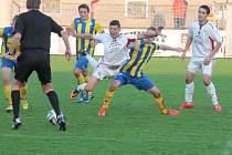 Fotbalová divize, sk. A: Klatovy (bílé dresy) - Mariánské Lázně 1:0