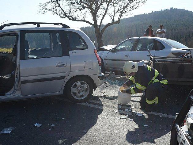 Dopravní nehoda u Sobětic.