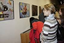 Výstava žáků ZUŠ Klatovy S Robinsonem až do středu Země