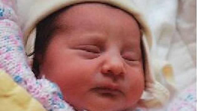 Šarlota Kalejová z Mlýnce se narodila v klatovské porodnici 22. července v 5.44 hodin. Vážila 2620 gramů a měřila 46 cm. Rodiče Marcela a Radek věděli dopředu, že jejich první miminko bude holčička.