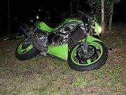 Nehoda motorkáře při honičce s policií v Klatovech