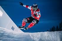 Václav Kosnar na snímku v jednom ze závodů loňského ročníku v Ice Cross Downhillu.