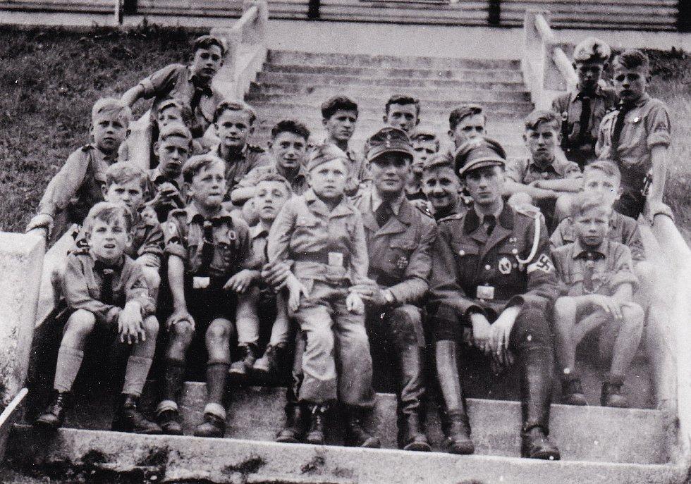 Hitlerjugend, jediná fotka, kterou matka nezničila.