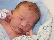 Viktorie Šantorová ze Lhůty u Mochtína (2900 g, 49 cm) se narodila v klatovské porodnici 14. června v 1.19 hodin. Rodiče Sabina a Petr přivítali očekávanou dceru na světě společně. Na sestřičku se těší Péťa (3).