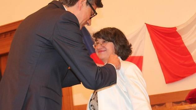 Ivana Macháčková z Klatov byla oceněna francouzským velvyslancem.
