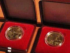 Představení zlaté mince Hrad Rabí.