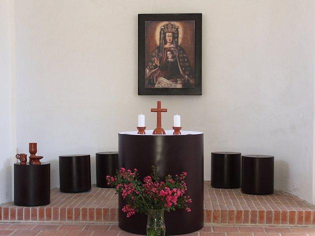 Kaple Chaloupka v Klatovech a její nový interiér.