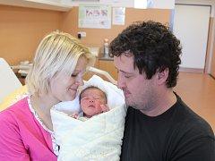 Čeněk Kuneš z Chlumu u Blovic (3100 g, 48 cm) poprvé zakřičel v klatovské porodnici 16. února v 8.17 hodin. Rodiče Táňa a Martin věděli, že jejich prvorozené miminko bude chlapec. Na svět ho přivítali společně na porodním sále.