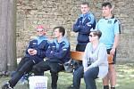 2. liga v nohejbalu mužů: Horažďovice (v modrém) - Slaný 6:2.