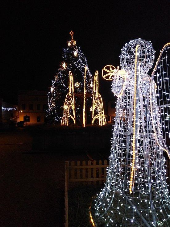 Vánoční výzdoba v Sušici.