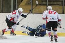 Liga juniorů HC Klatovy - PZ Kladno 4:3.