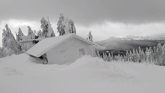 Sněhová situace na Šumavě.