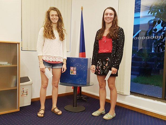 Galuškovi volili v Sydney. Přidala se k nim i Amálie Hilgertová.