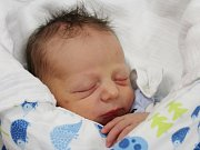 Oliver Tichý ze Lnářského Málkova (3680 g, 52 cm) se narodil v klatovské porodnici 16. července v 9.07 hodin. Rodiče Gabriela a Petr věděli předem, že jejich prvorozený potomek bude syn.