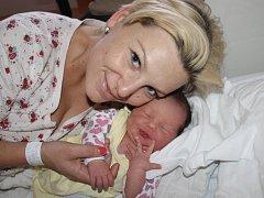 Natálie Šebová z Přeštic (3580 gramů, 50 cm) se narodila v klatovské porodnici 26. února v 15.26 hodin. Rodiče Lucie a Martin přivítali očekávanou dcerku na svět společně. Ze sestřičky má radost i Ella (3).