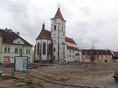 Náměstí v Horažďovicích na začátku druhé etapy rekonstrukce