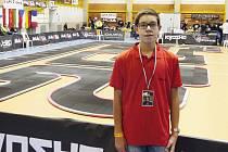 Adam Babka na mistrovství světa RC modelů.