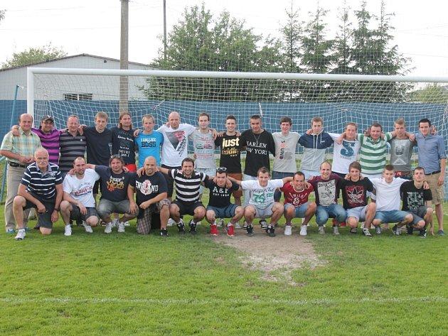 Klatovští fotbalisté se loučili se sezonou 2012/2013.