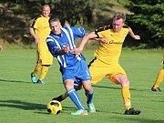 Přátelský fotbalový zápas: SK Bolešiny (žluté dresy) - HC Škoda Plzeň 0:7