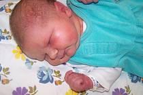 Petřík Daniel z Tupadel (3660 g, 51 cm) se narodil v klatovské porodnici 15. listopadu v 10.32 hodin. Rodiče Lenka a Pavel věděli, že jejich prvorozené dítě bude syn.