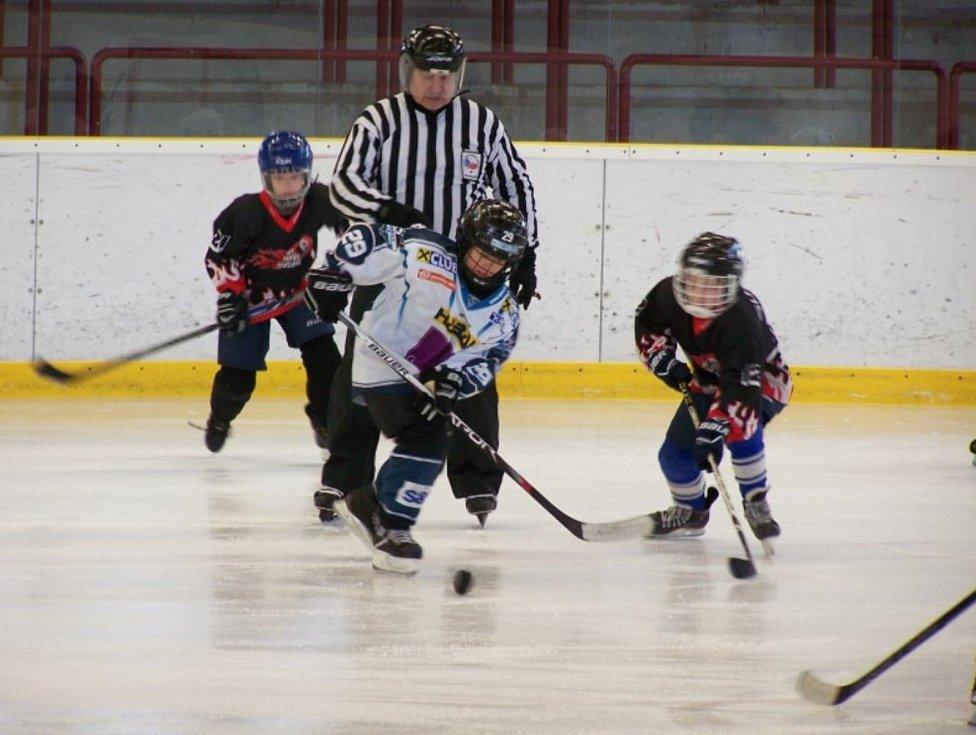 V Sušici hledají malé hokejisty. Zvou na školu bruslení.