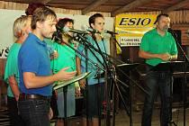 Přehlídka folkové, country a trampské hudby Šumavský pařez 2017 v Dolní Lhotě