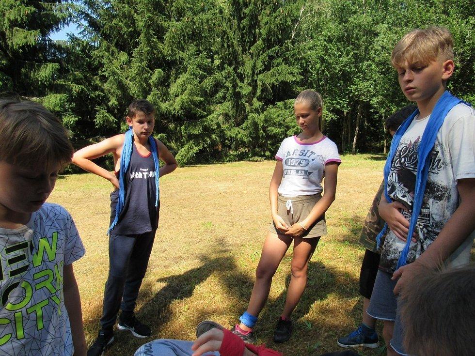 Loňský letní tábor Pionýrské skupiny Jitřenka Kdyně na Zelené Lhotě na téma Narnie