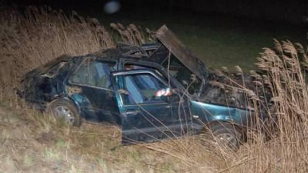 Dopravní nehoda u Lomce