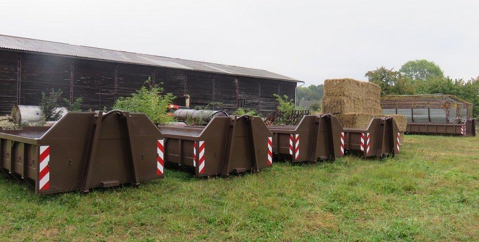 Kontejnery na bioodpad.
