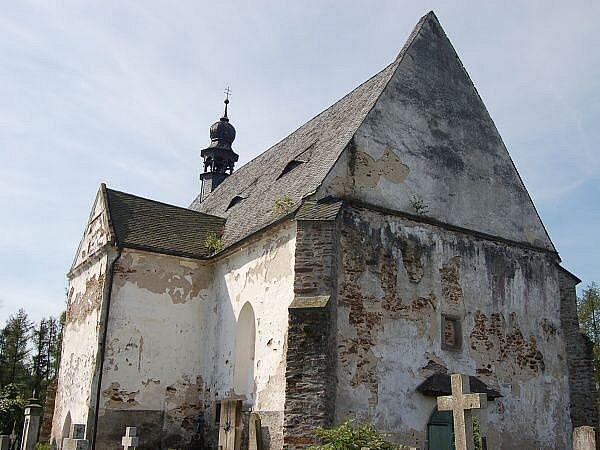 Hřbitovní kostel sv. Máří Magdalény ve Velharticích